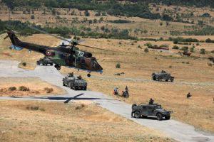 Азербайджан не от хорошей жизни тратит миллиарды на вооружение