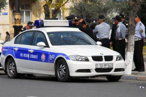 В Баку нехватает полиции, а водители пользуются, нарушая ПДД