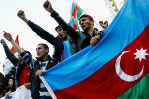 Оппозиция в Азербайджане активизировалась перед референдумом