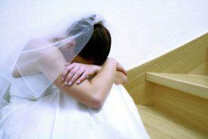 Родителям принудившим ребенка к раннему браку — 4 тыс. манатов штраф и 3 года условно