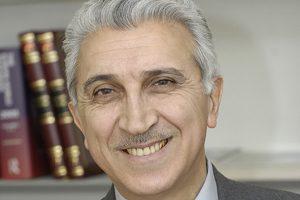 Какие этапы развития связи прошел Азербайджан?