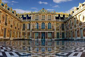 Версаль: абсолютизм и гармония, воспетые в архитектуре