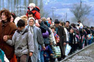 Азербайджан примет беженцев в обмен на решение по Карабаху?