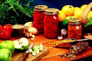 В Азербайджане более 700 человек получили пищевое отравление
