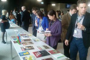 Публикации Института истории НАНА на выставке в Европе