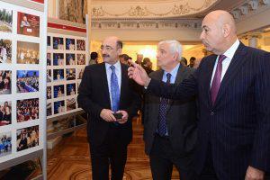 «Мультикультурализм и театр» в Баку