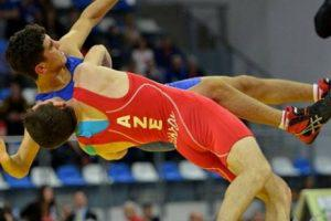 Азербайджан взял 2 медали на ЧМ по борьбе