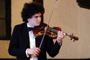 Музыка Паганини под сводами Кирхи в Баку