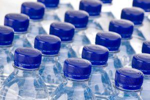 В Азербайджане воду из-под крана продают как бутилированную?