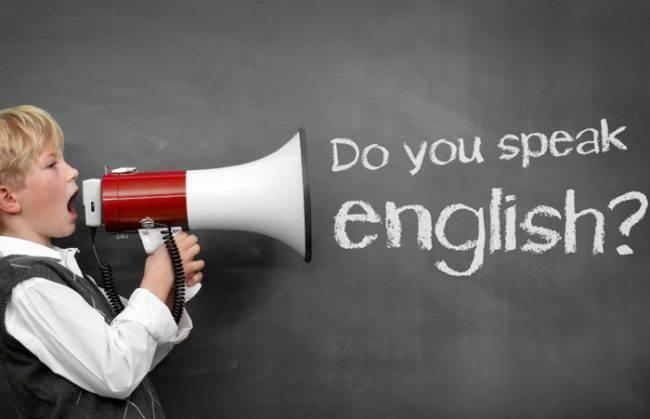 Преподавание английского в школах Азербайджана: с первого класса или позднее?