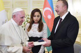 Визит Папы Римского, Бакинский гуманитарный форум и многое другое