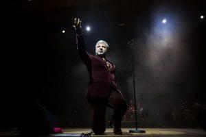 Сосо Павлиашвили не сдерживал эмоций на концерте в Баку (ФОТО)