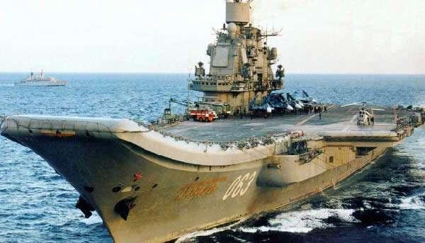 avianosec_admiral-kuznecov