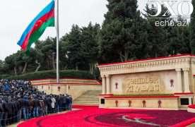 В Азербайджане почтили память погибших 20 января 1990 года (ФОТО)