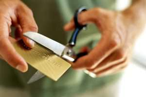 Азербайджанские банки перестали «раздавать» кредитные карты