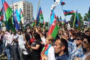 Оппозиция в Азербайджане выходит на старт