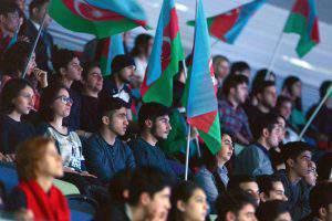 Азербайджанские акробаты завоевали медали в Украине