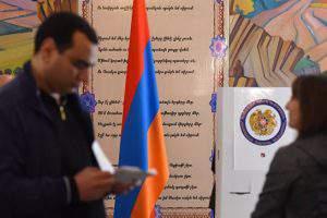 «Горячий» политический сезон в Армении продолжается