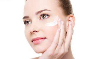 Тональный крем: Идеальное средство для создания красоты