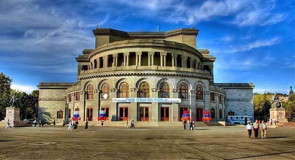 opera-teatr-armenia