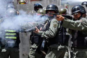 Кризис в Венесуэле обостряется: Мадуро заявил о диалоге
