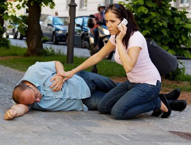 vrach-doctor-medicine-pomosh-help