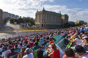 Болельщики и зрители Гран-при в Баку становятся частью духа и философии Формулы 1