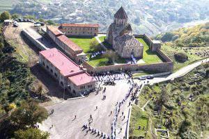 Армения пытается закрепиться в окружающих Карабах регионах