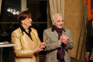 Ереван хватается за соломинку, то есть за баронессу Кокс