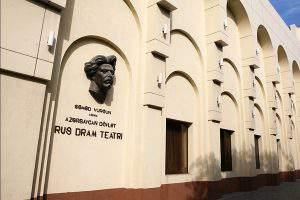 «Поезд дальнего следования» в Баку