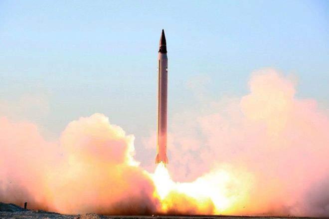 ballistic-missile-balistichesk-raketa