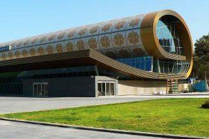 Известный ученый выступил в бакинском Музее ковра