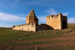 Башенные мавзолеи Ширвана — шедевры средневекового азербайджанского зодчества