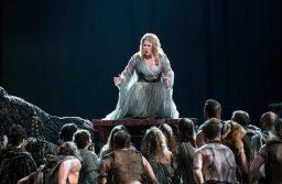 Премьера «Нормы» в Баку: Стопроцентный аншлаг