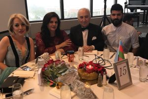 Азербайджанцы в Чикаго отметили 100-летие АДР