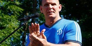 Легендарный борец похвалил организаторов Исламиады в Баку