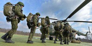 Белорусская дипломатия на фоне российских танков