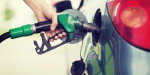 """""""Как объяснить, что 800 заправок в Азербайджане, в один день повышают цены на бензин?"""""""