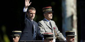 Французская армия - Париж перераспределяет полномочия?
