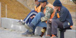 Трудовые мигранты не спешат уезжать из Азербайджана