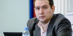 Армении и Азербайджану сейчас выгоднее выжидать, а не проверять друг друга на прочность