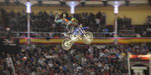 Полный фристайл: смертельные трюки и эмоции на шоу Red Bull X-Fighters (ФОТО)