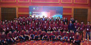 Мода на умных в Азербайджане выявляет лучших