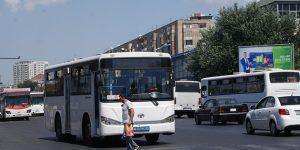 Почему в Баку не могут отказаться от автомобилей