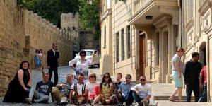 Почему в Азербайджане нет пеших городских экскурсий?