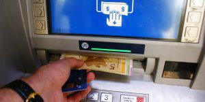 Наши богатые и бедные граждане: азербайджанские критерии